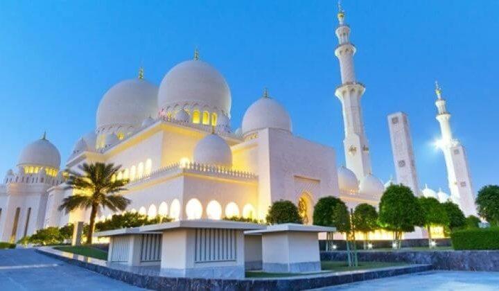 abu dhabi city tour and ferrari world combo tour